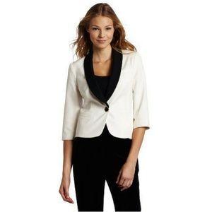 Trina Turk Troy jacket short 3/4 sleeve tux look